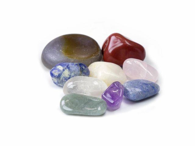 Kit para Massagem - com 20 Pedras Naturais e 9 Cristais - Holzstones